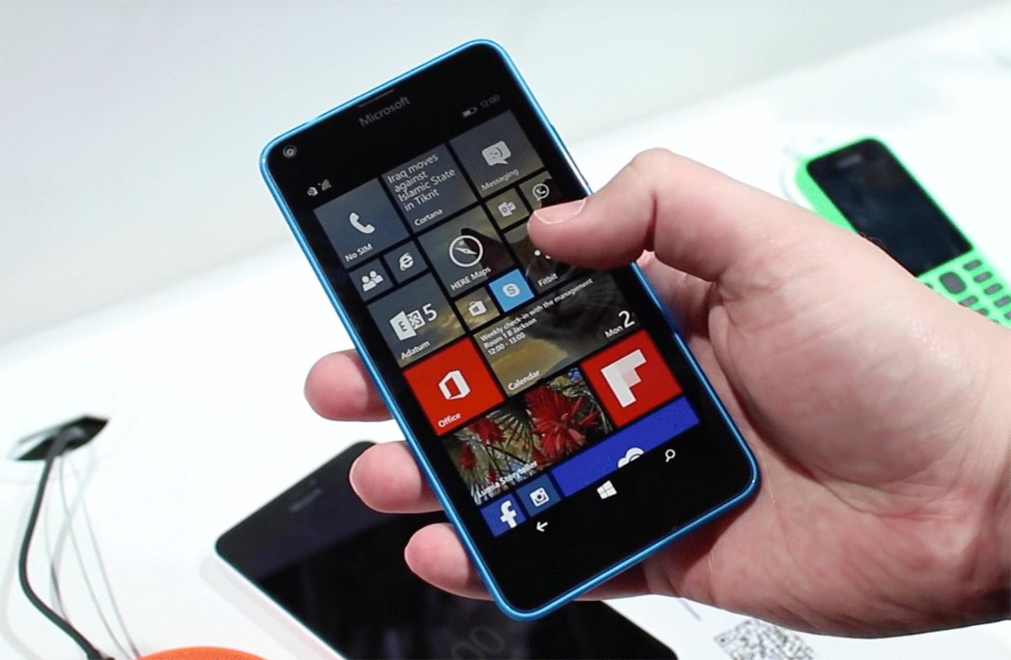 at t lumia 640 verizon lumia 735 now receiving windows 10 mobile