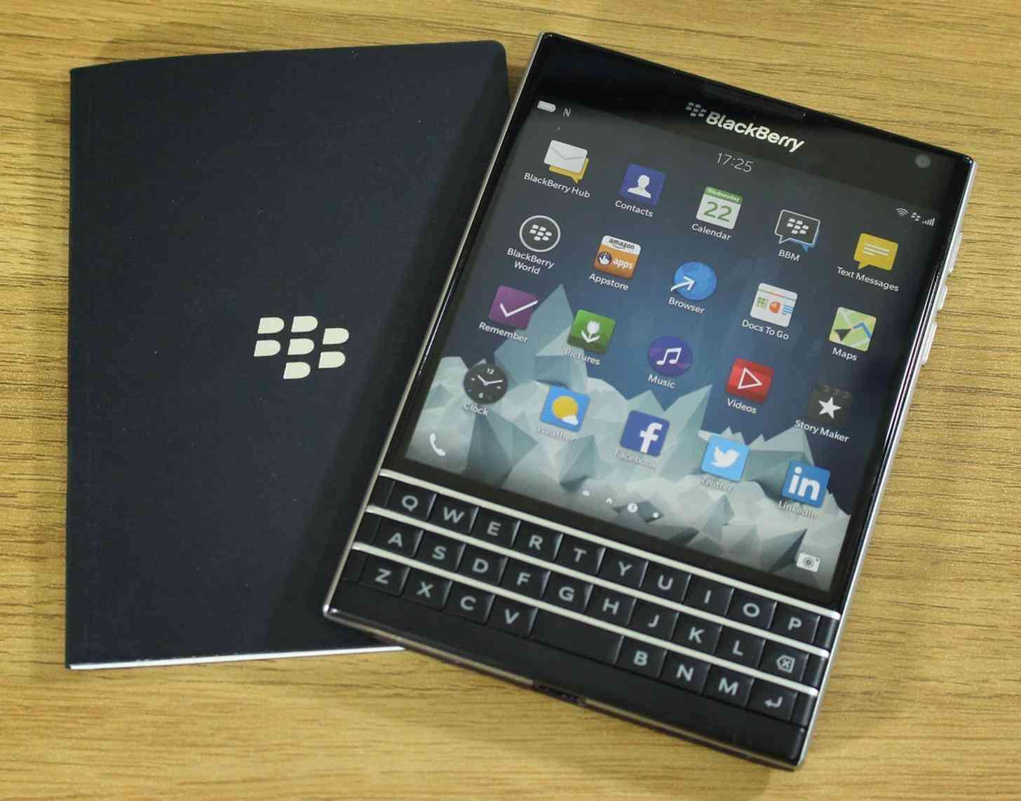 BlackBerry Passport review