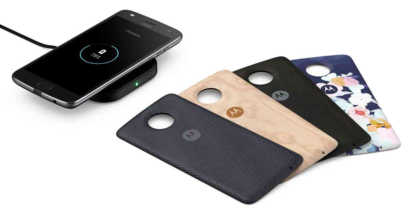 Motorola Intros Four New Moto Mods Including Gamepad And