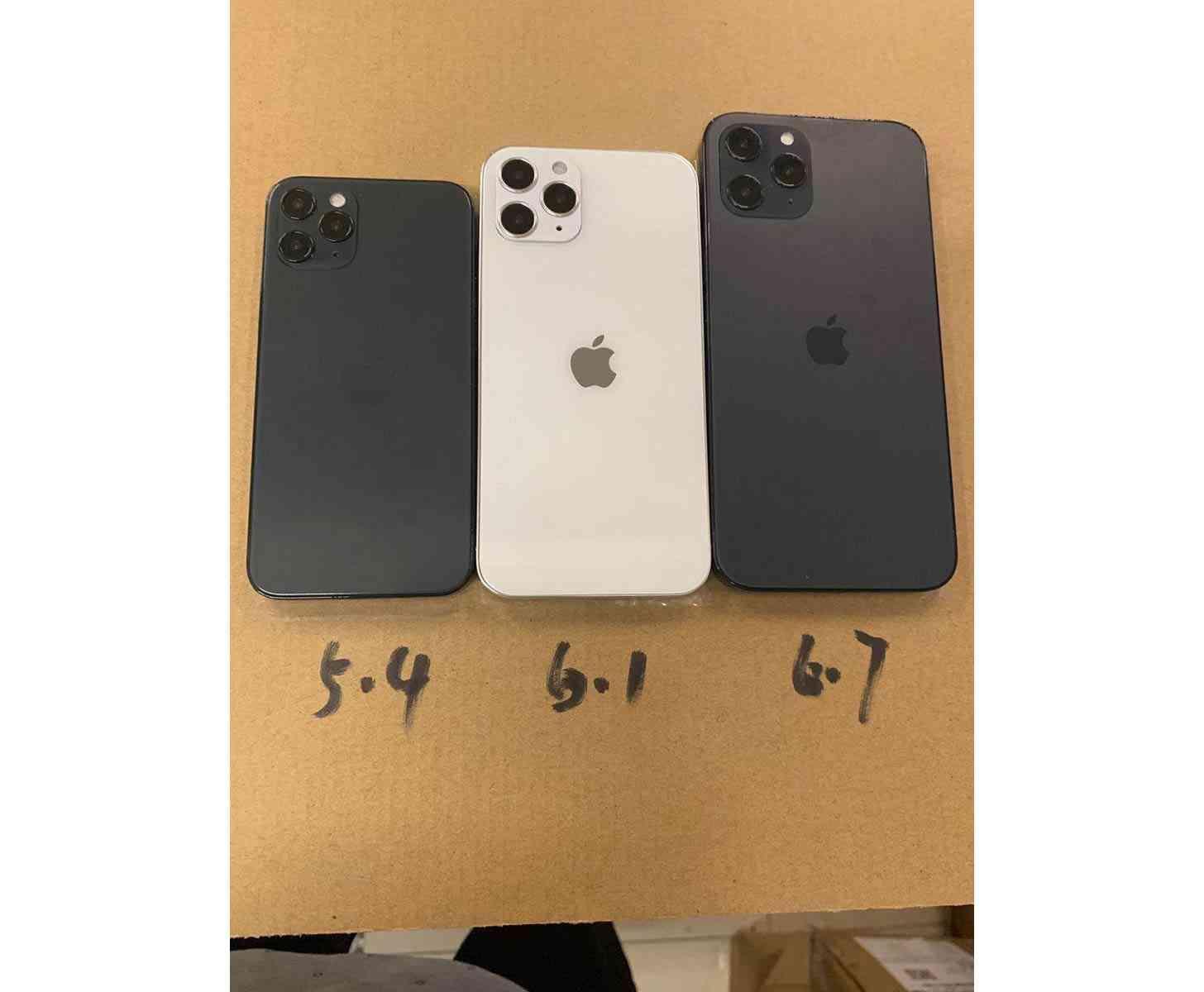 iPhone 12 dummy size comparison
