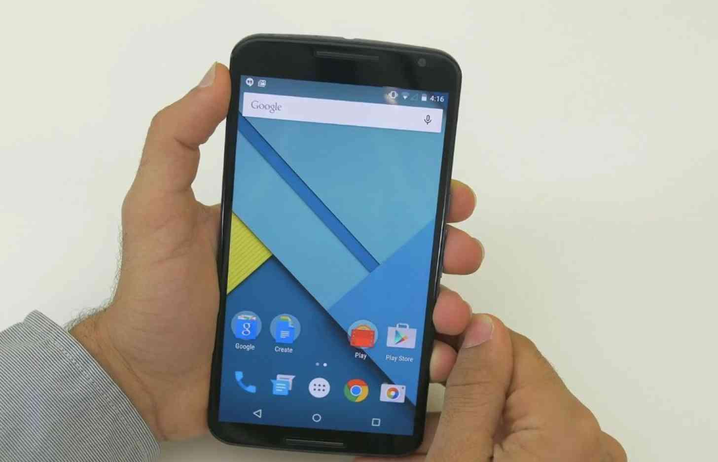 Motorola Nexus 6 front in hand