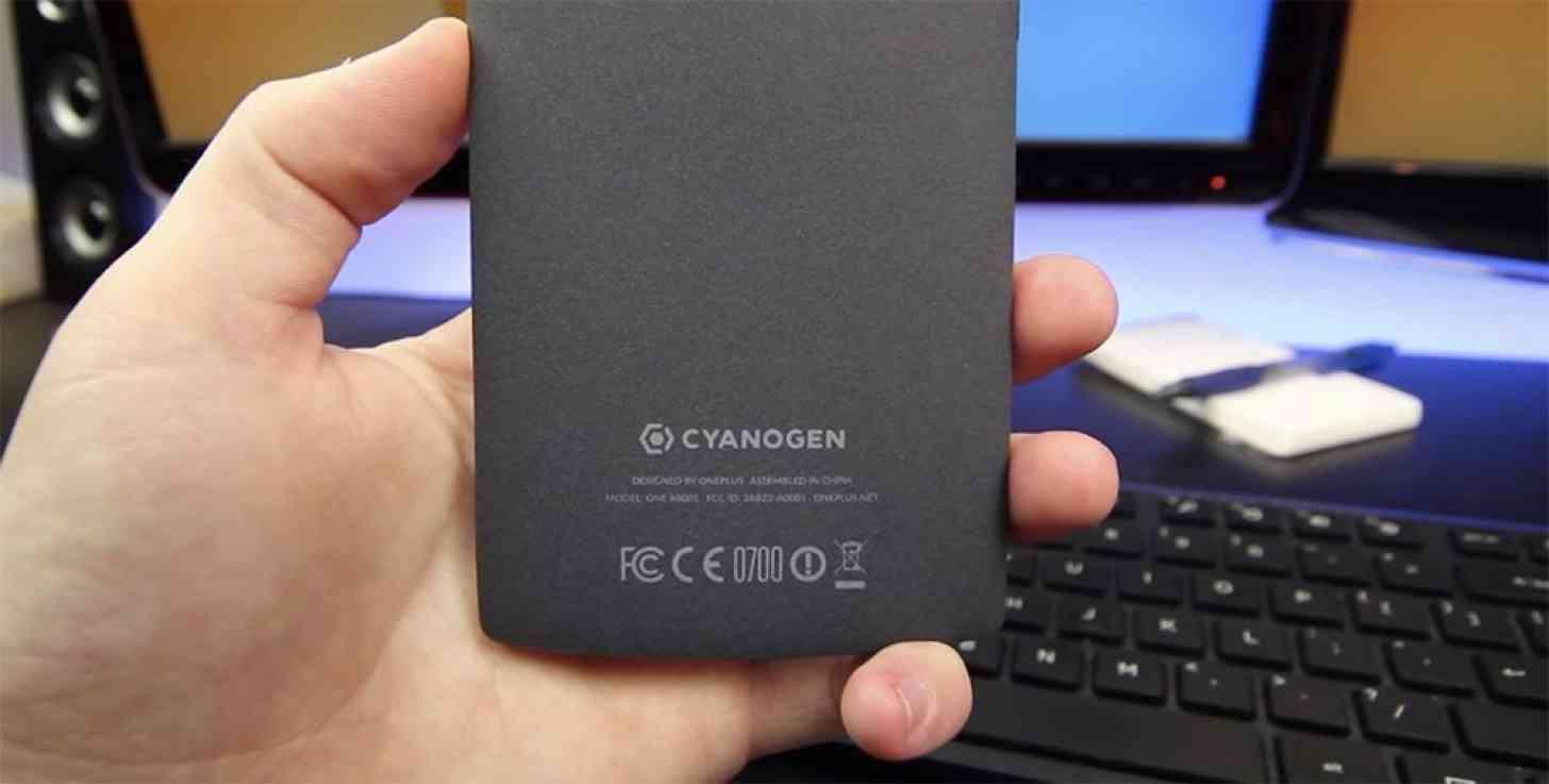 Cyanogen logo OnePlus One rear