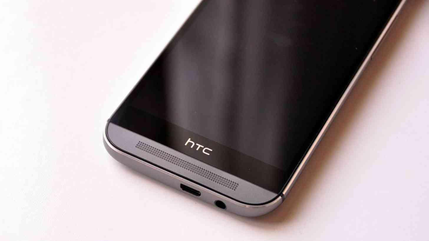 HTC One M8 bottom