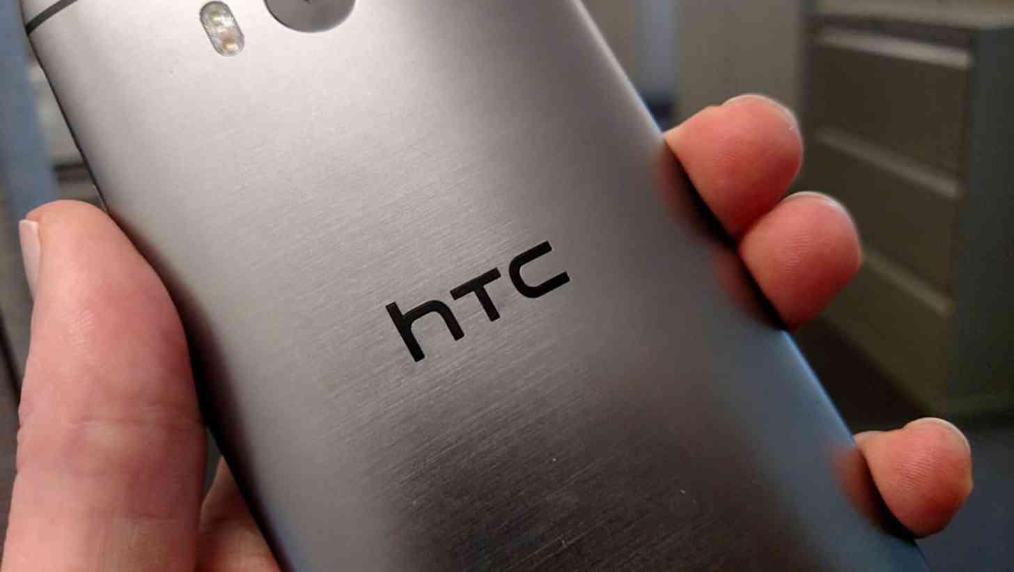 HTC One M8 rear close