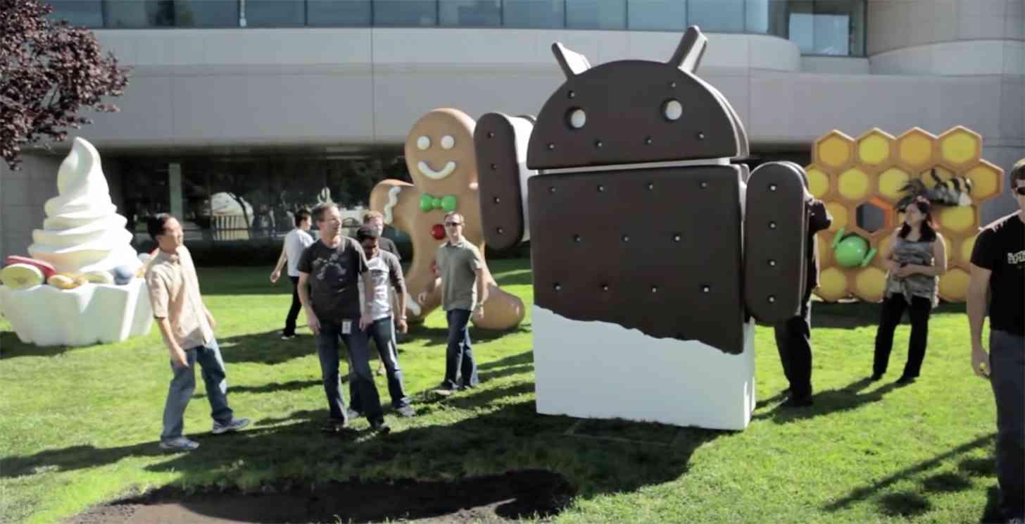 Android 4.0 Ice Cream Sandwich statue