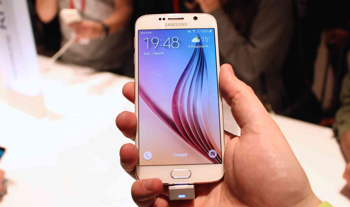 Samsung Galaxy S6 white hands on