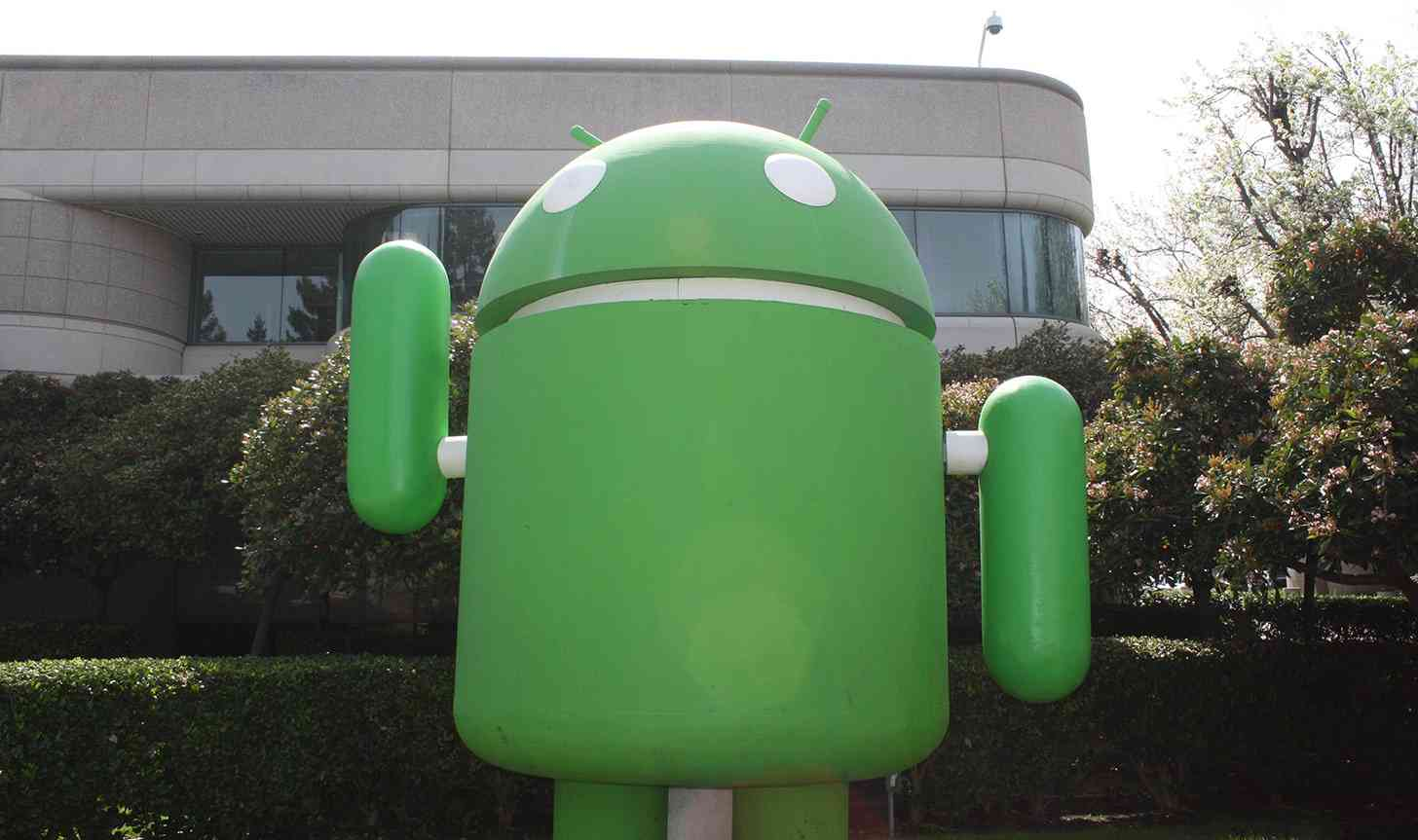 Android lawn statue Google