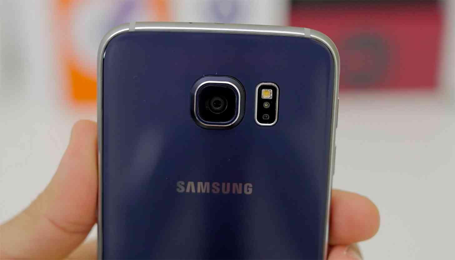 Samsung Galaxy S6 camera close