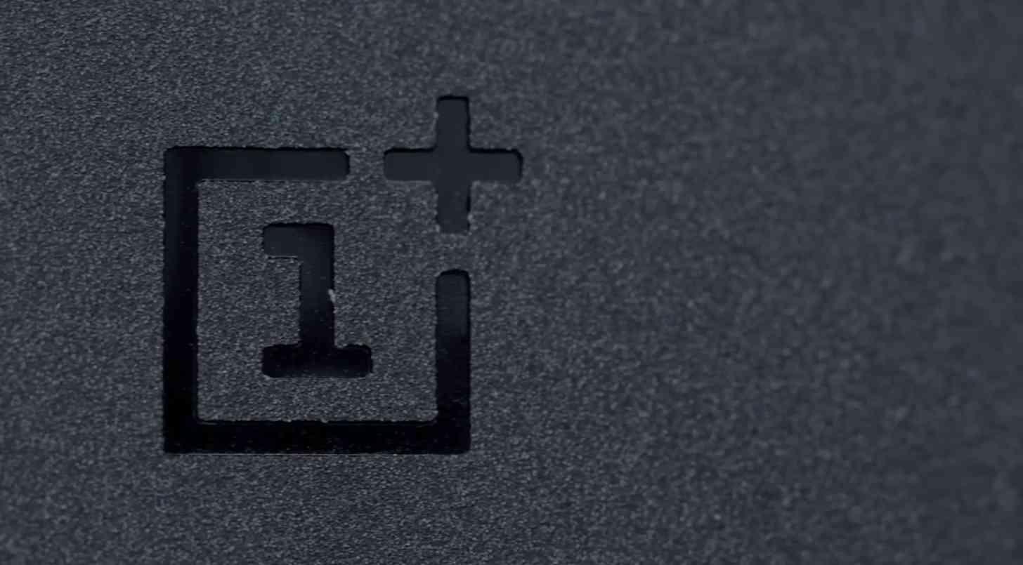 OnePlus logo One rear