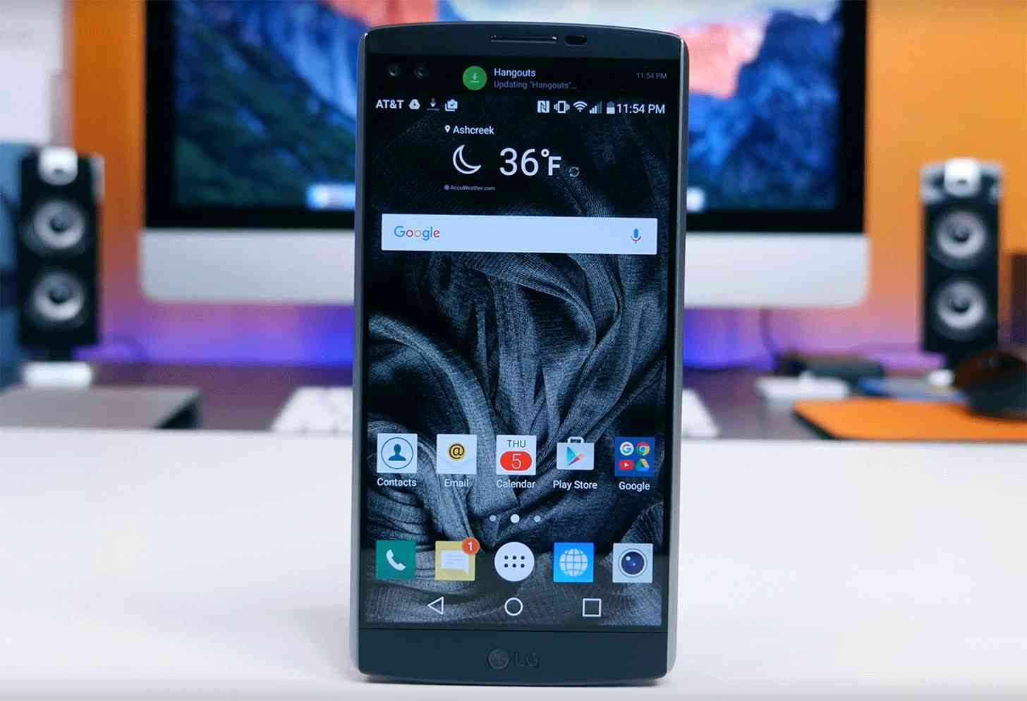 LG V10 front large