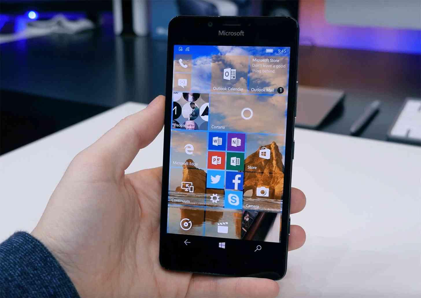 Microsoft Lumia 950 hands on