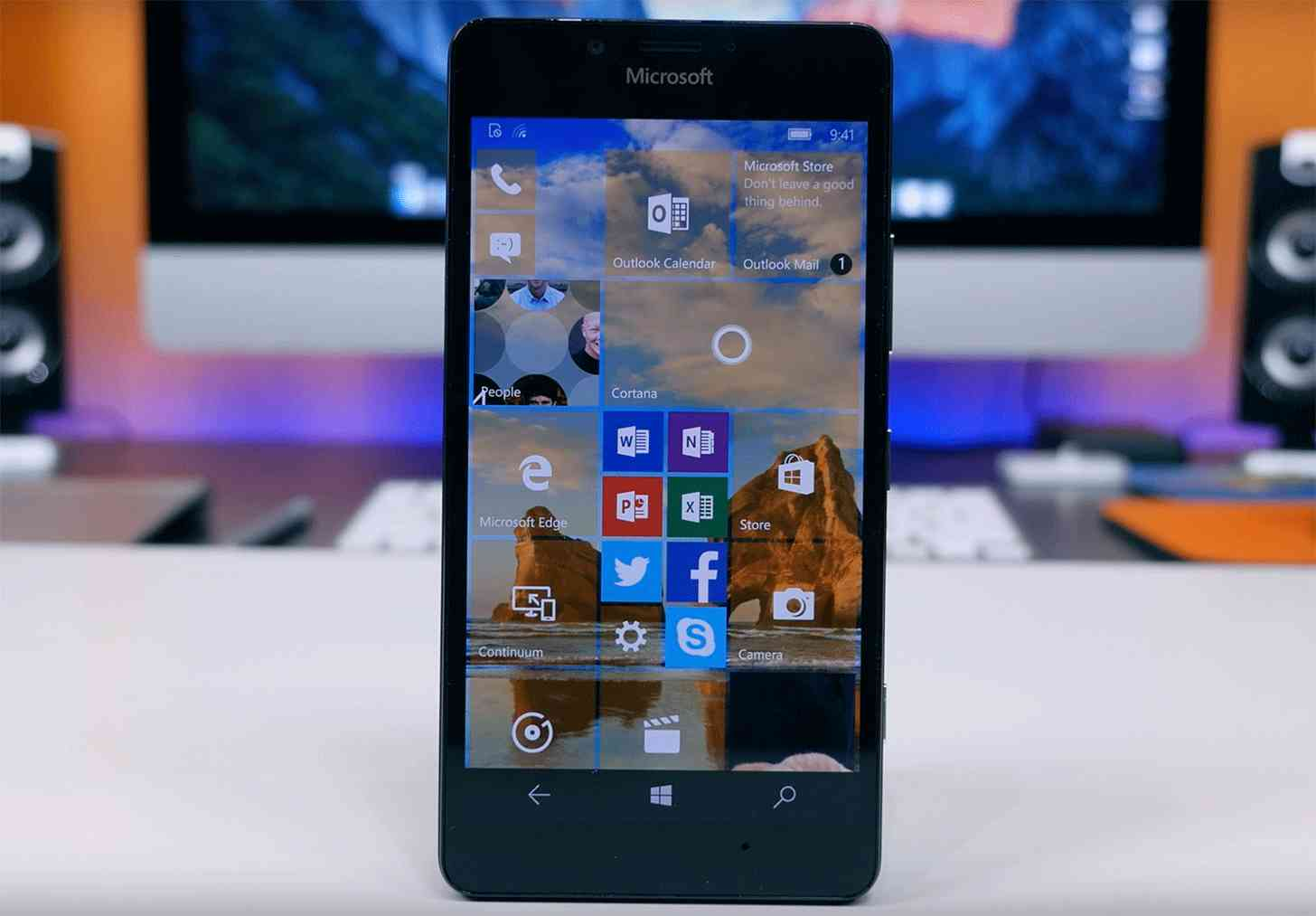 Microsoft Lumia 950 unboxing