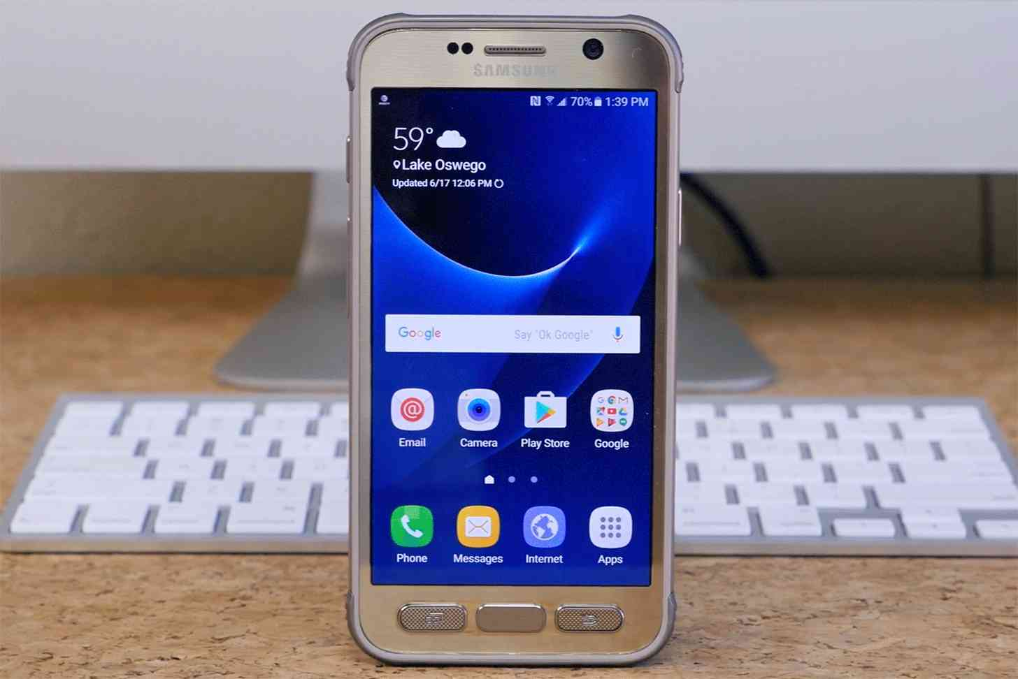 Samsung Galaxy S7 Active hands-on