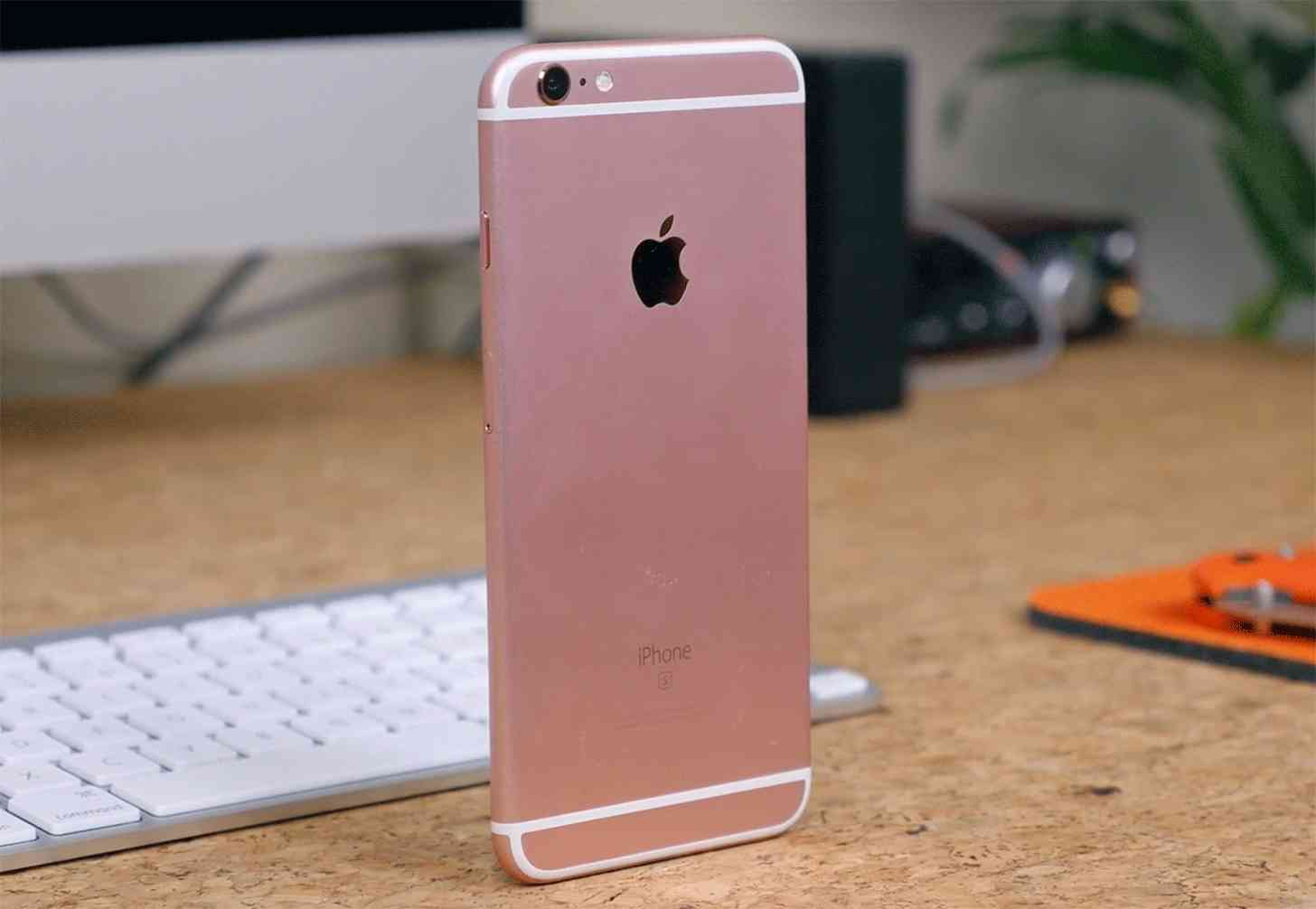 iPhone 6s Plus rear Rose Gold