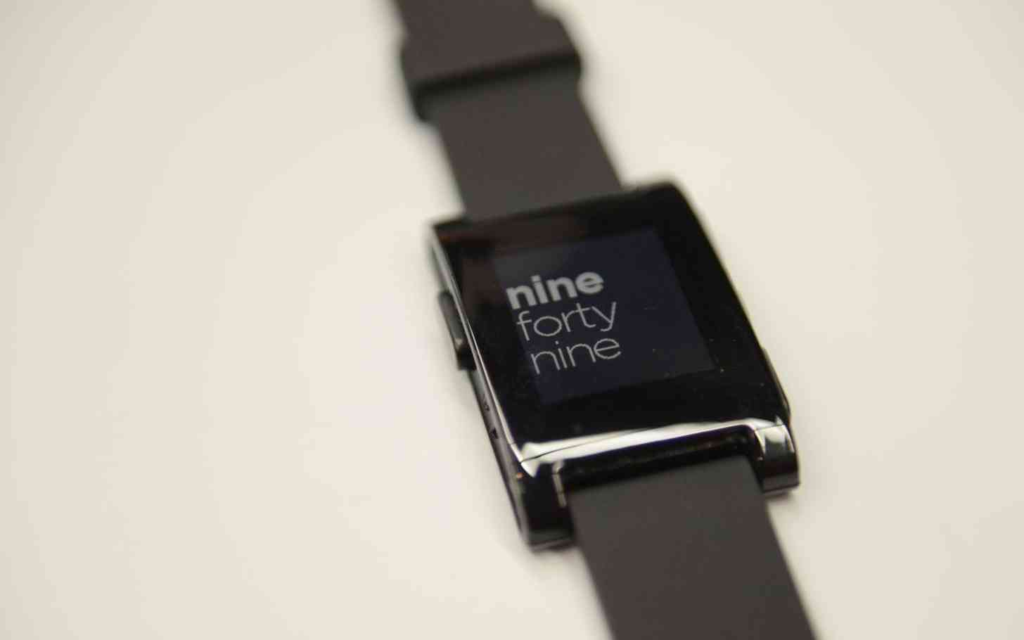 Pebble smartwatch hands-on