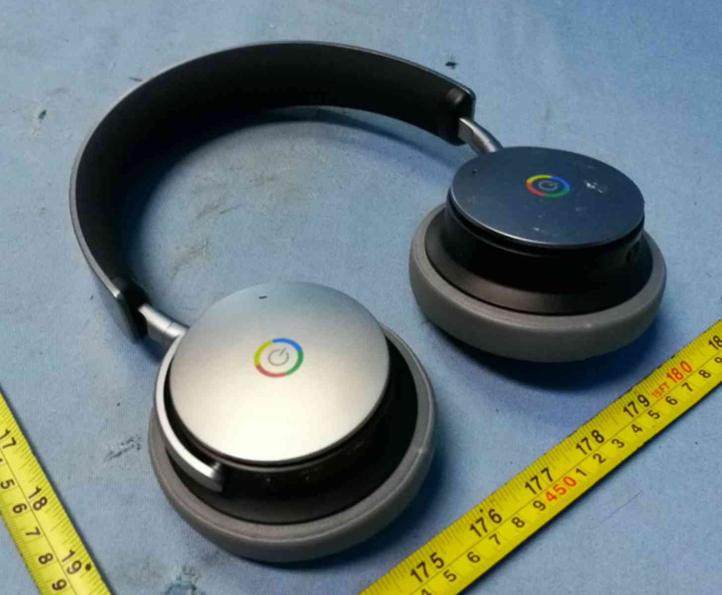 Google Bluetooth headphones FCC photos