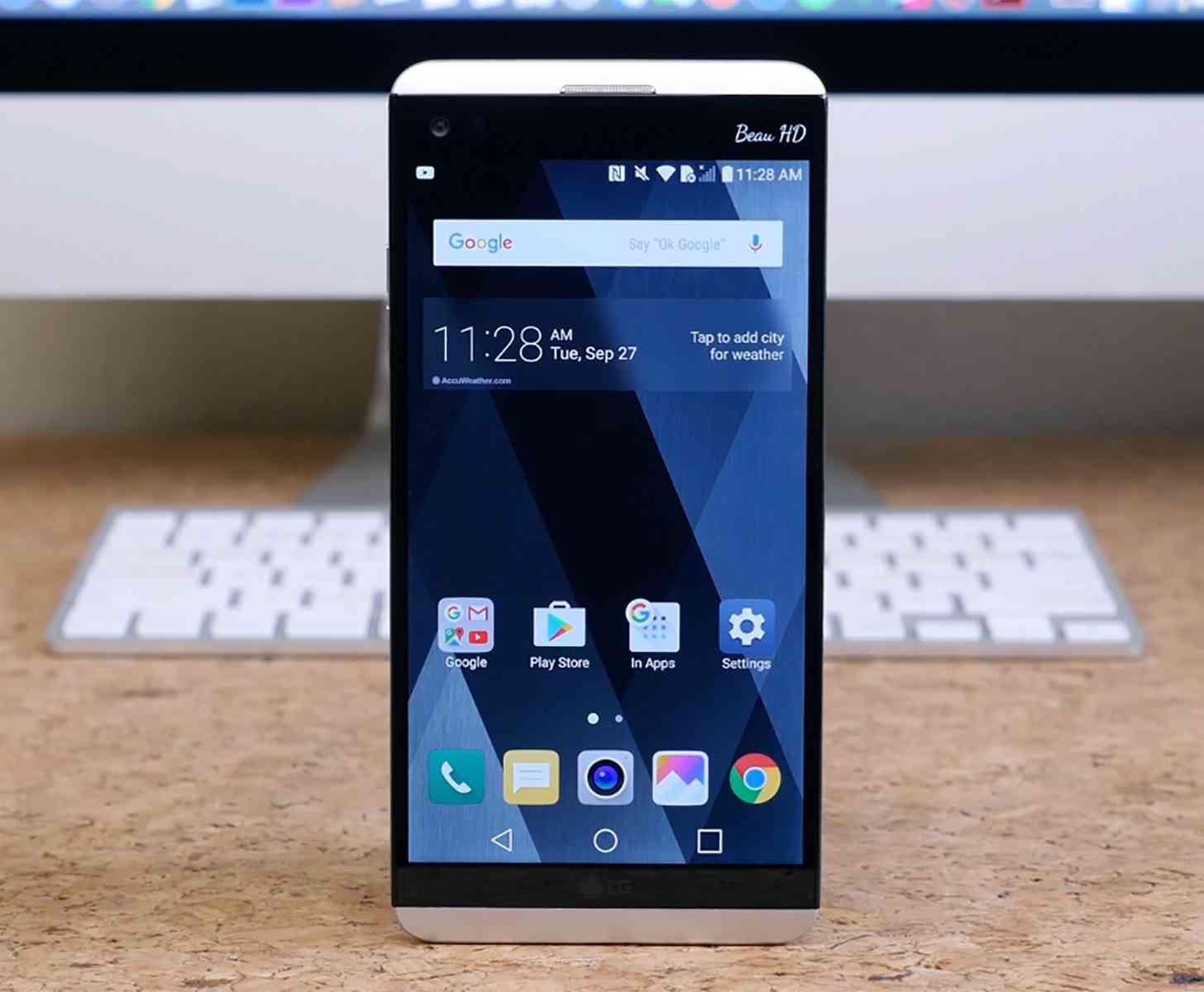 LG V20 hands-on video