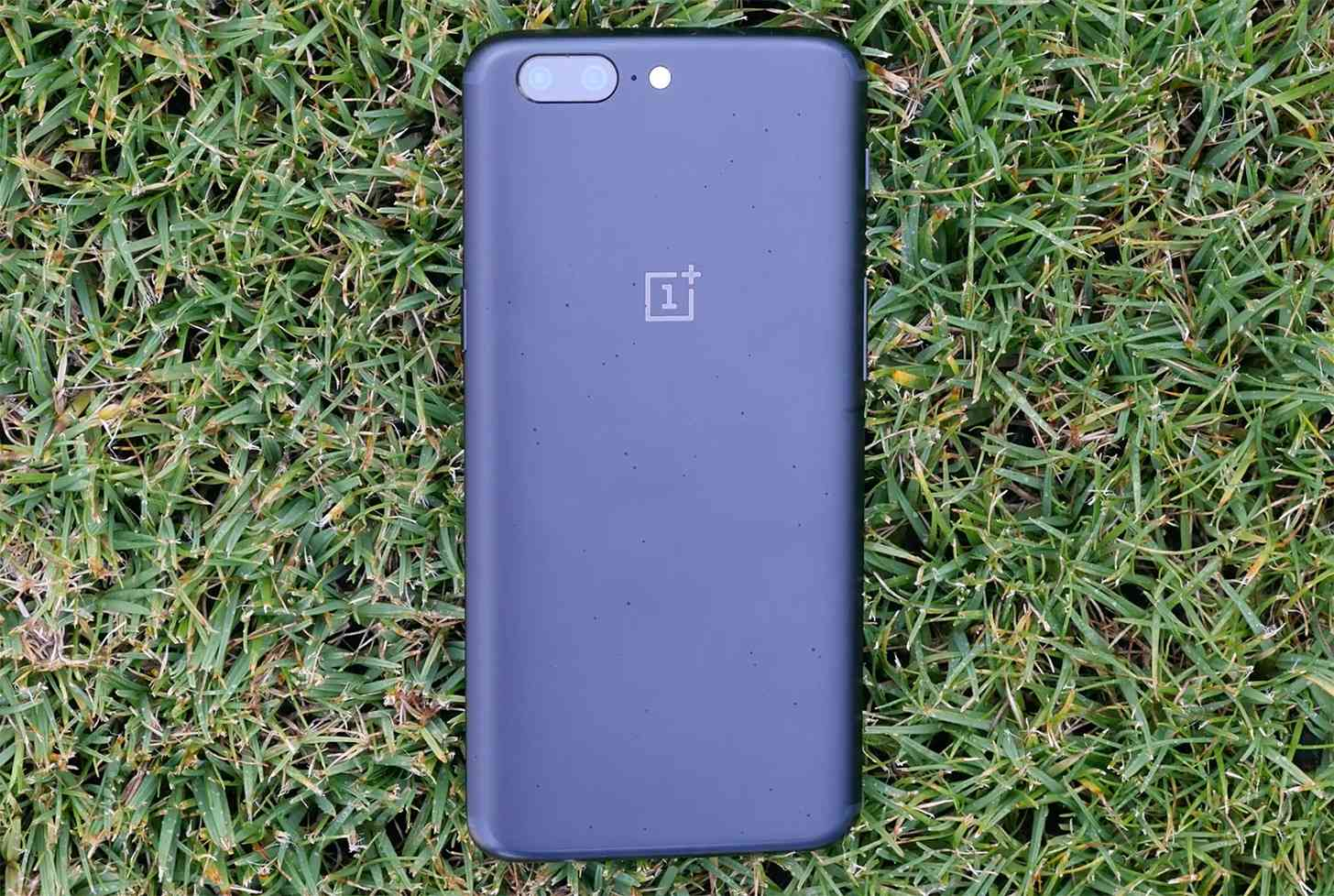 OnePlus 5 hands-on video review