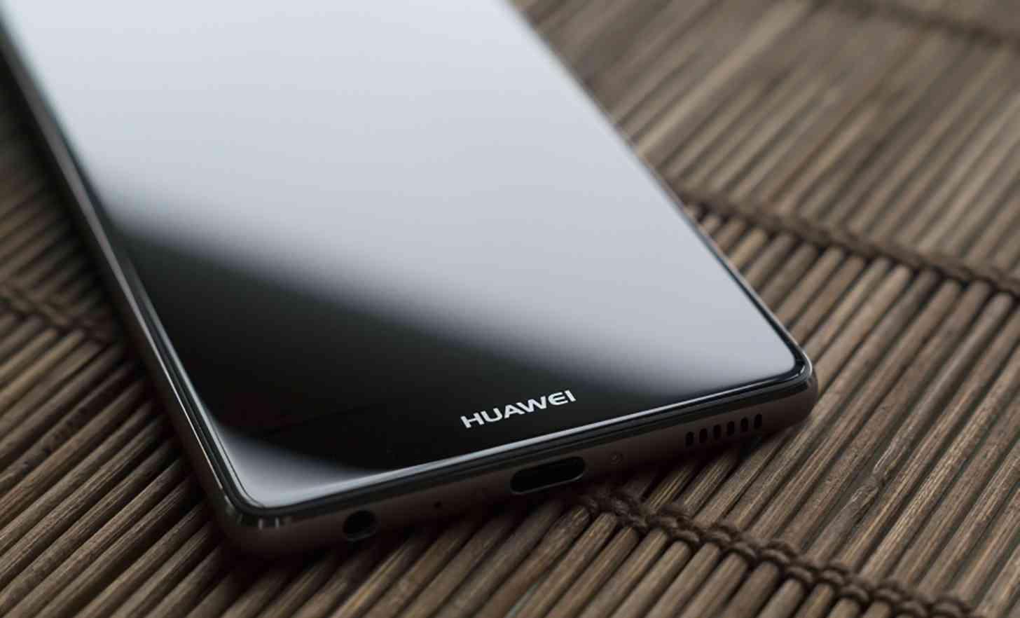 Facebook halts app preinstalls on Huawei phones, Google says ban could increase security risks