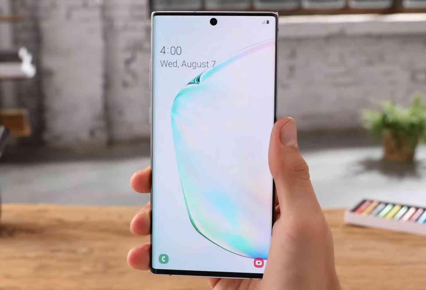 Galaxy Note 10+ display