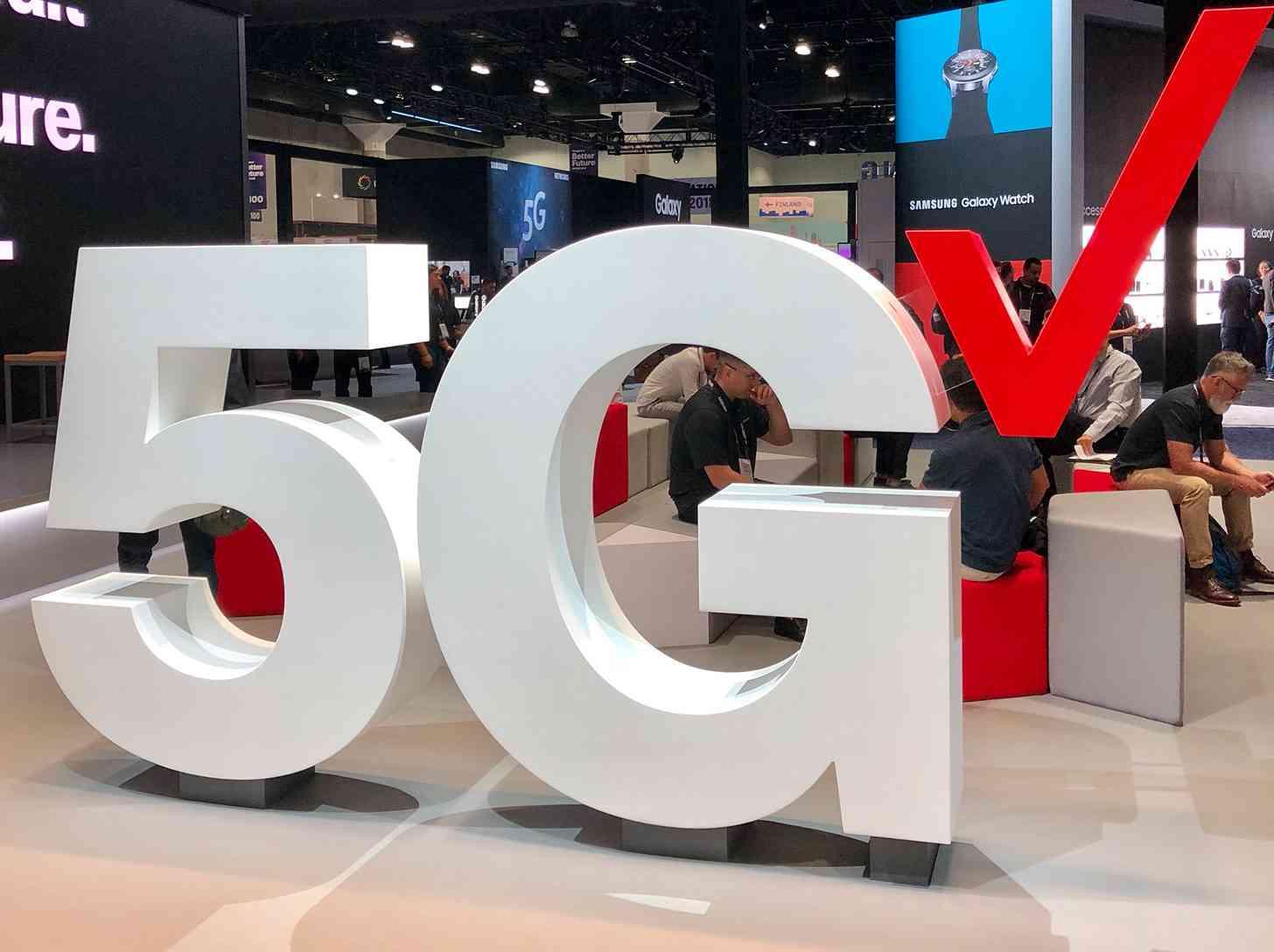 Verizon 5G goes live in 13 NFL stadiums | PhoneDog