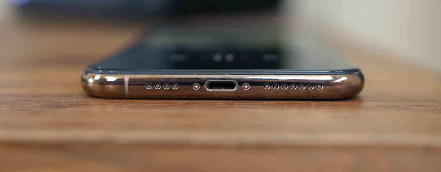 Apple may launch iPhone without Lightning connector in ...