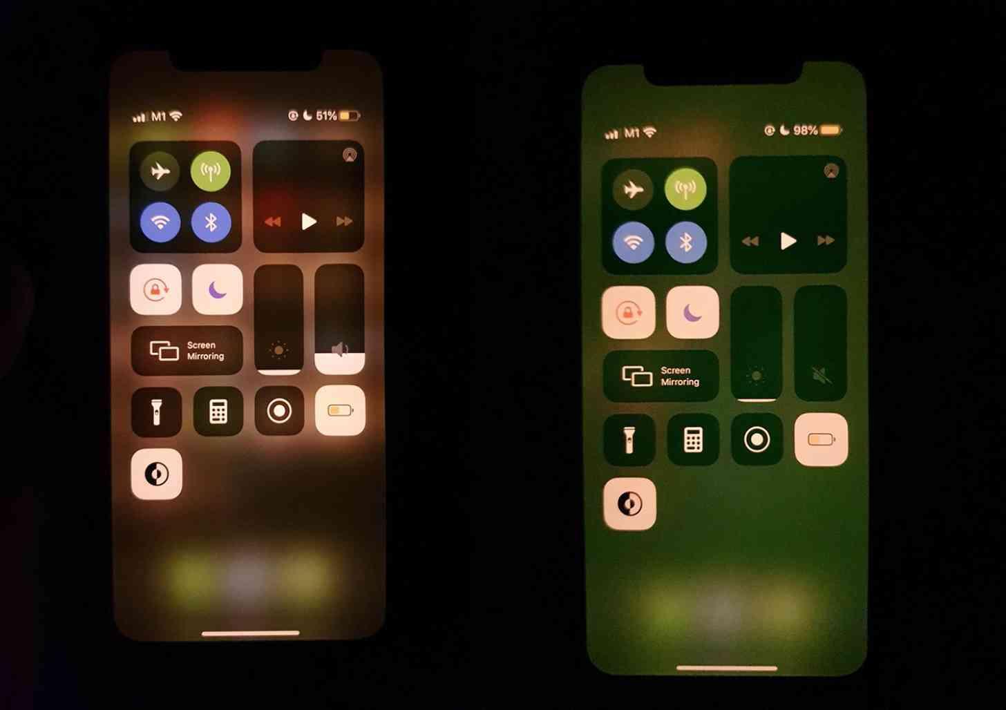 iPhone 11 green tint display