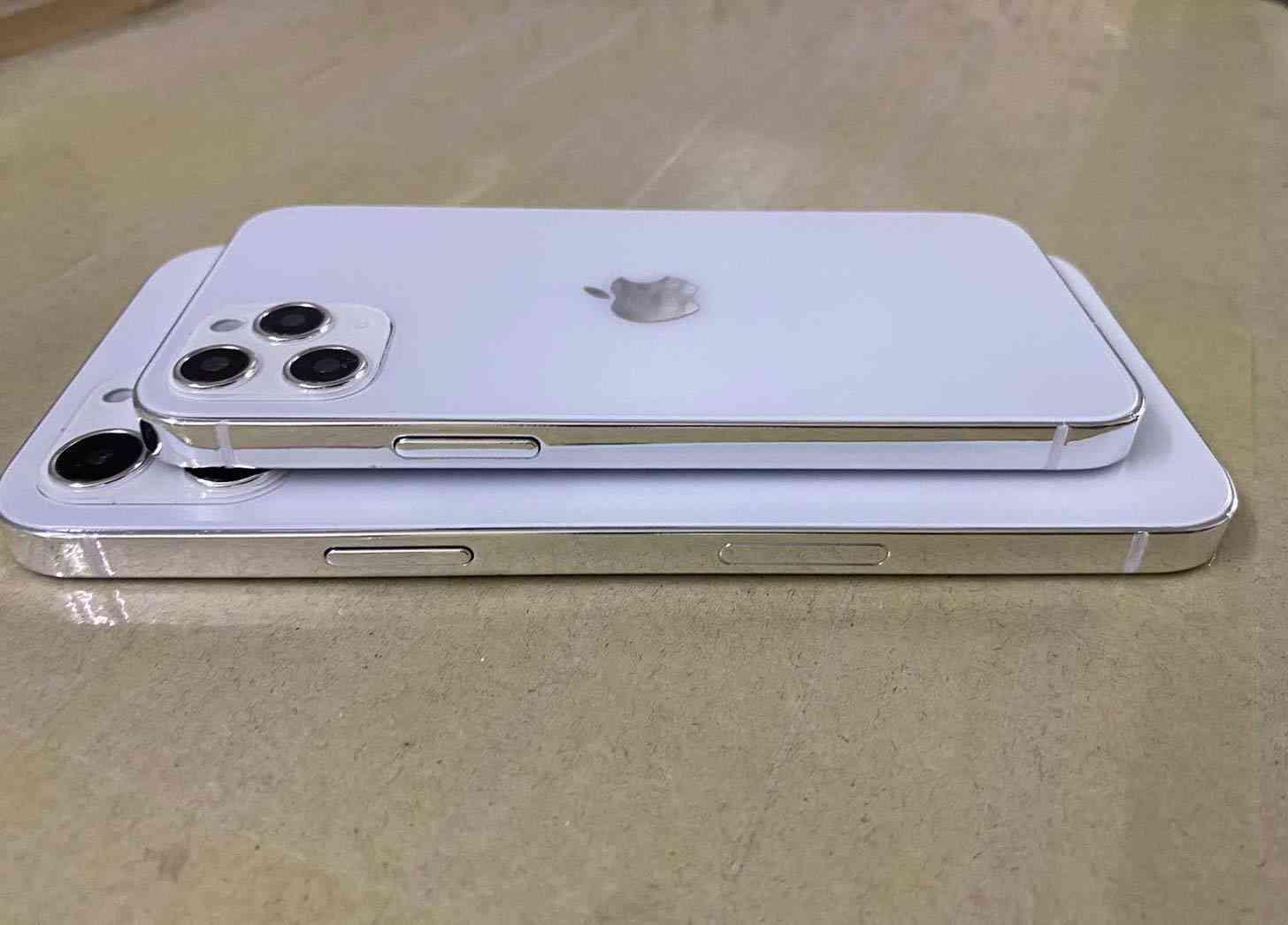 iPhone 12 design dummy models