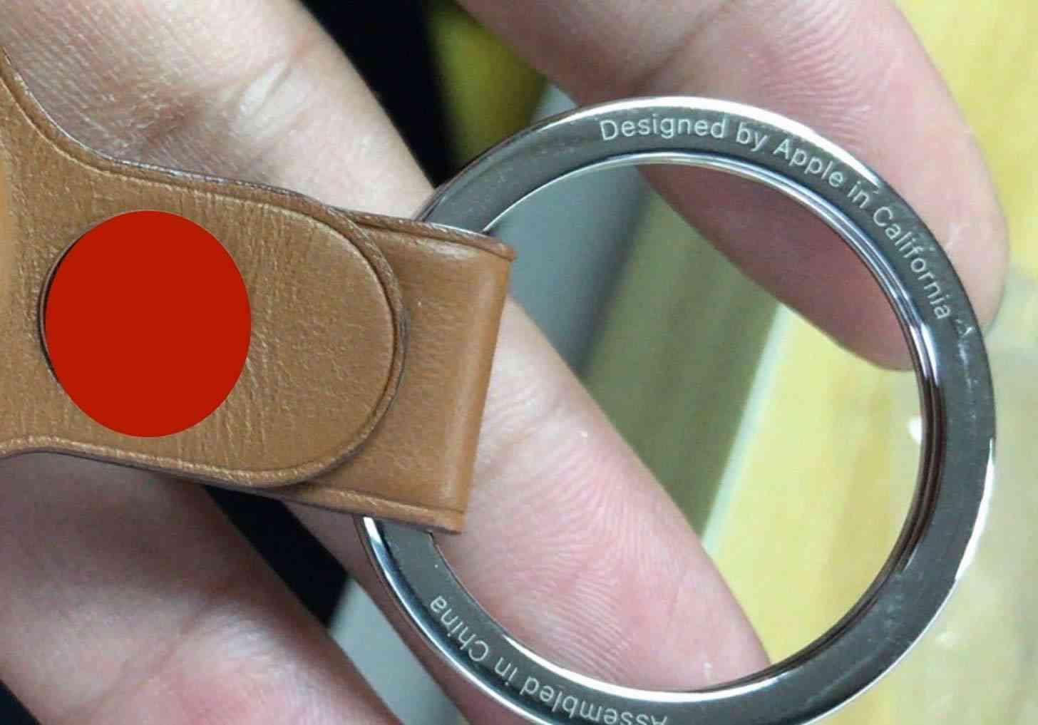 Apple AirTags keychain accessory