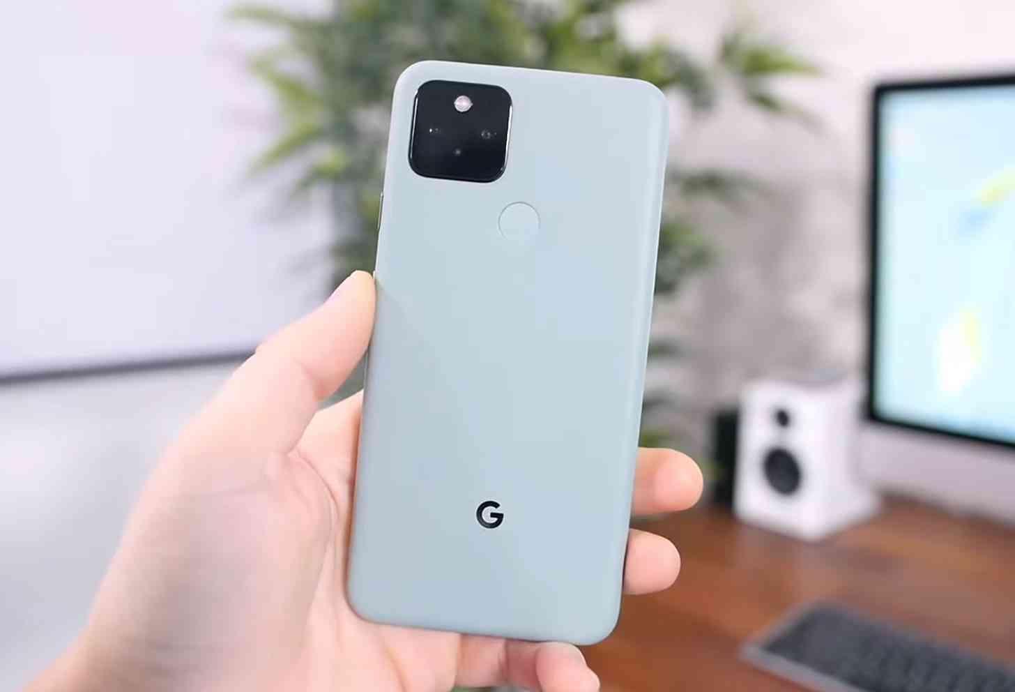 Google Pixel 5 unboxing