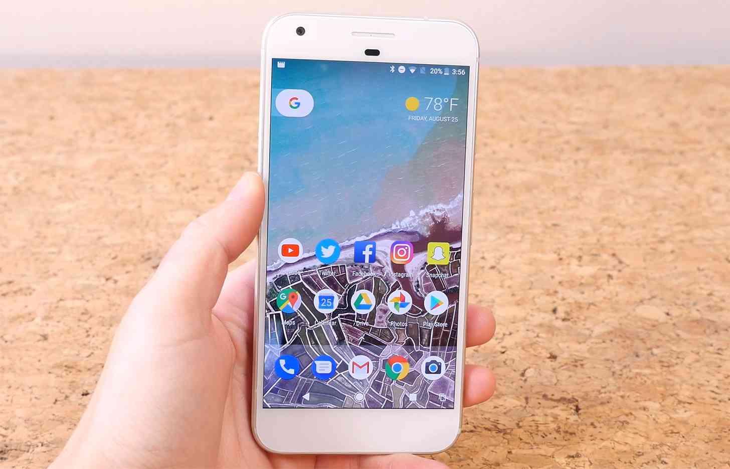 Google Pixel XL hands-on review