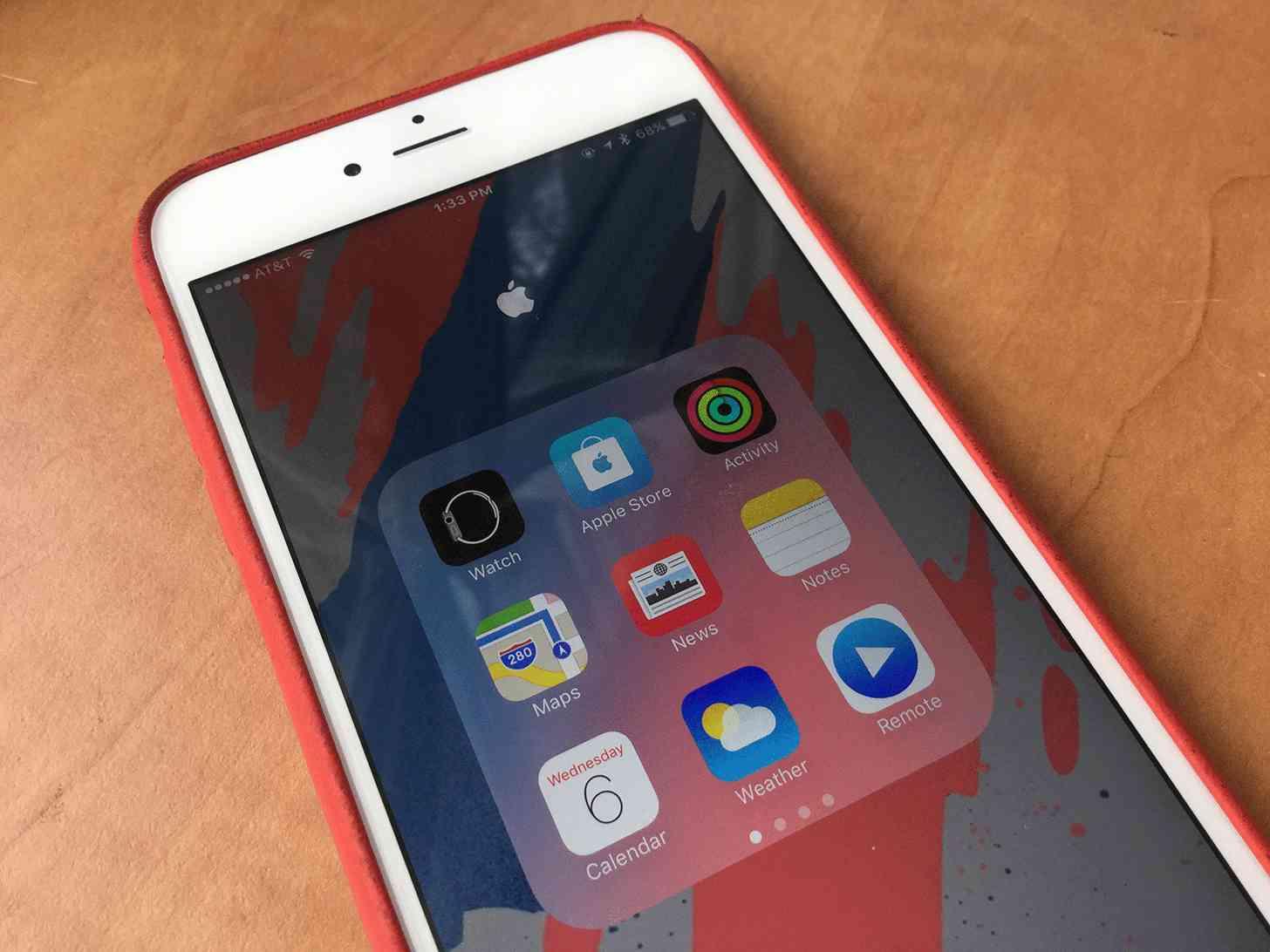 Apple iOS apps folder iPhone