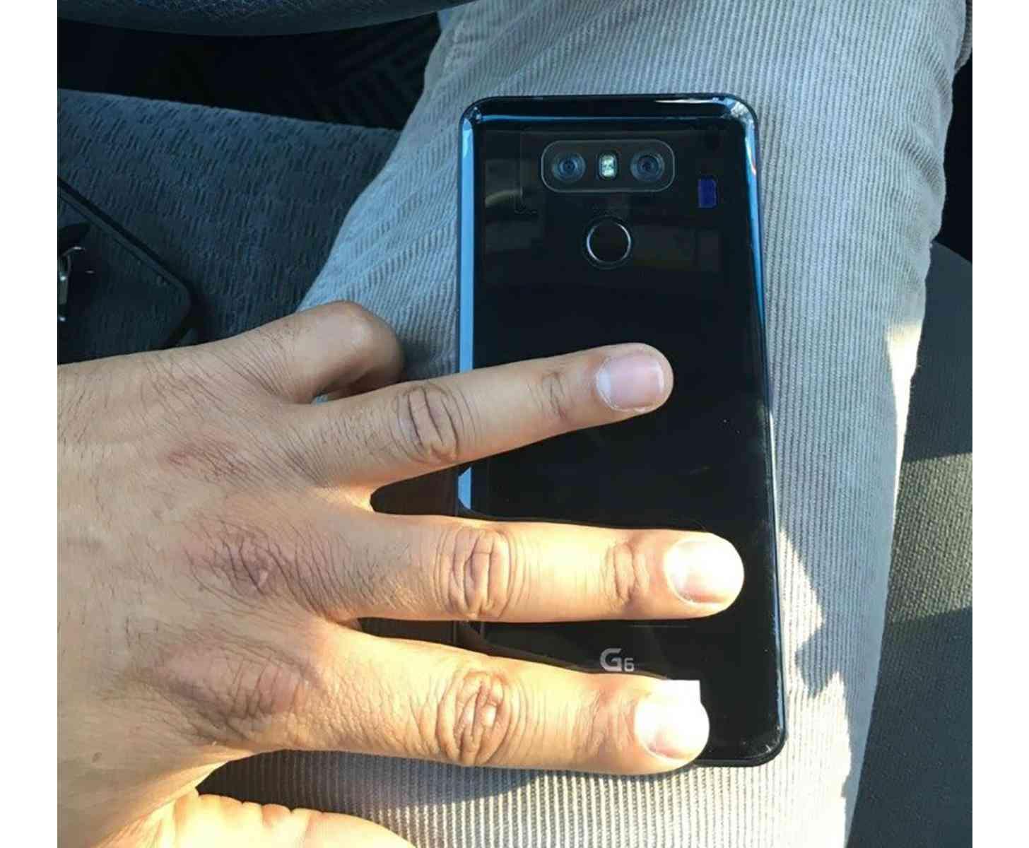 LG G6 rear photo leak