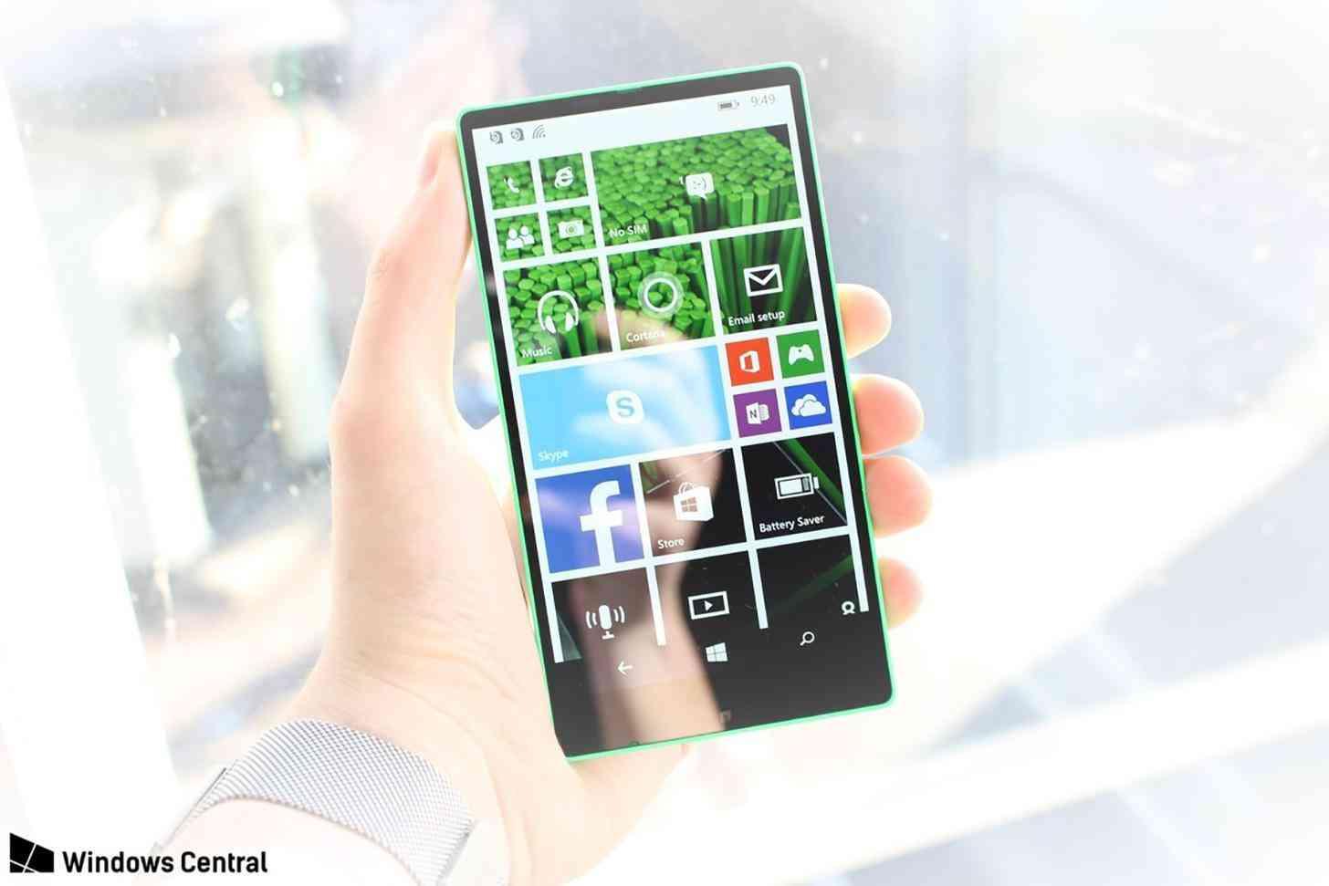 Microsoft Vela all-screen Windows Phone hands-on image leak