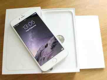 iPhone 6 Plus unboxed