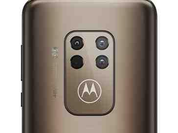 Motorola One Zoom cameras
