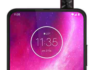 Motorola One Hyper pop-up selfie camera