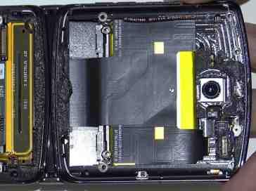 Motorola Razr teardown video